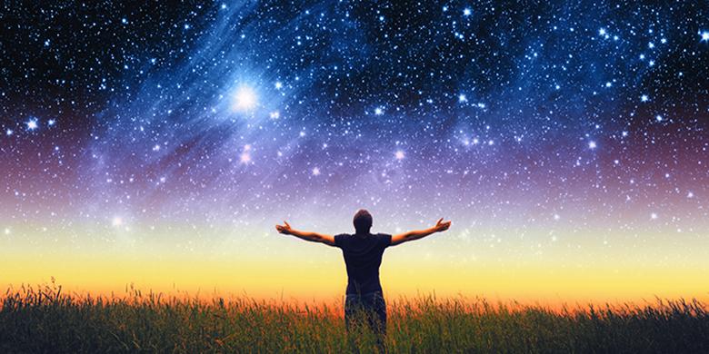במקום להבחין בשכל האינסופי המתגלה בכימיה של החיים הם מעדיפים לראות תהליכים אקראיים ומקריים