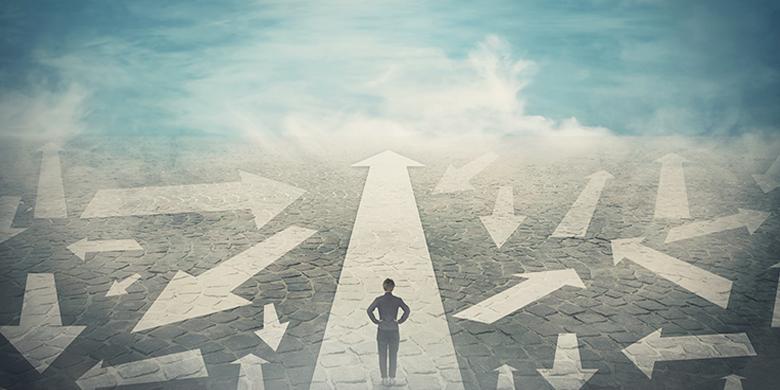 הבחירה היחידה הניצבת תמיד לפני האדם היא בקשת האמת