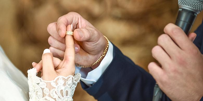 הנישואים מטרה עליונה וקדושה מאוד שמוטלת על כל אחד מישראל