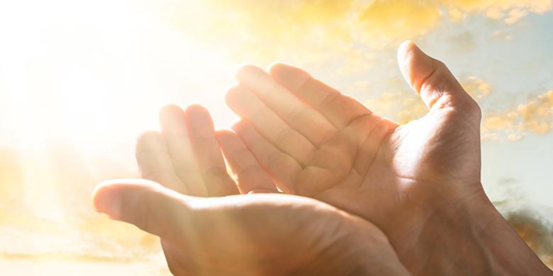 אנחנו צריכים להאמין שכל מה שקורה לנו הכל הוא רצון הבורא